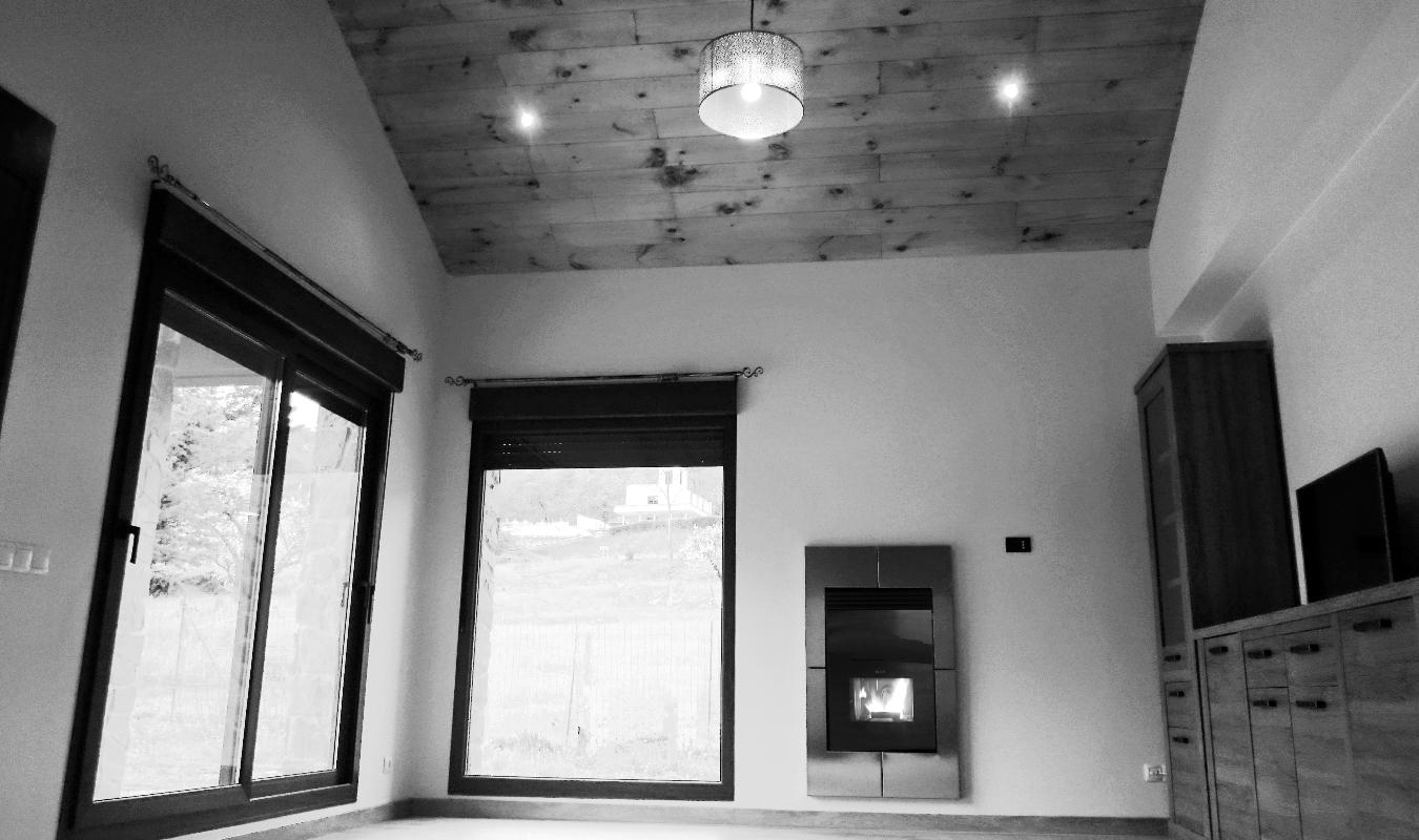 Casa con caldera de pellets